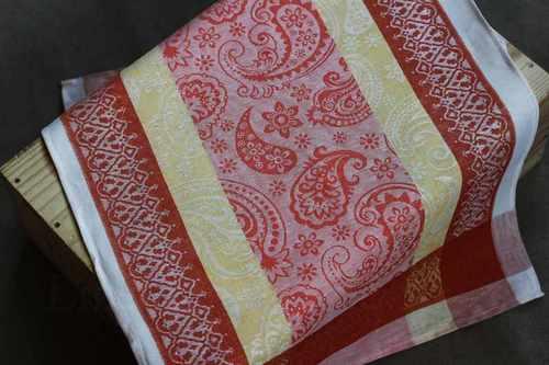 Кухонное полотенце с рисунком Восточные огурцы 50х70 см