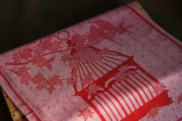 Кухонное полотенце красного цвета 50х70 см