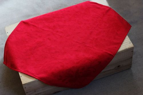 Красная жаккардовая салфетка Катюша 50х50 см