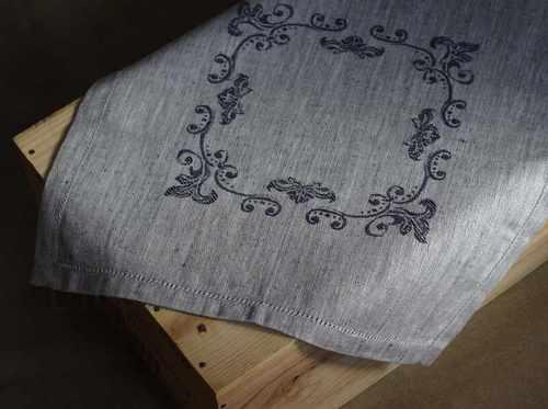 Льняная жаккардовая салфетка с мережкой Каприз Blue 45х45 см