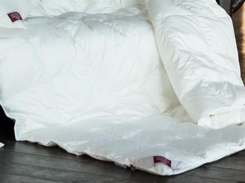 Всесезонное пуховое одеяло 220х240 см Luxe Down Grass
