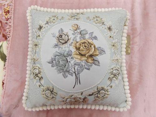 Декоративная наволочка Kazanova Гобелен Мирабель (серебро)