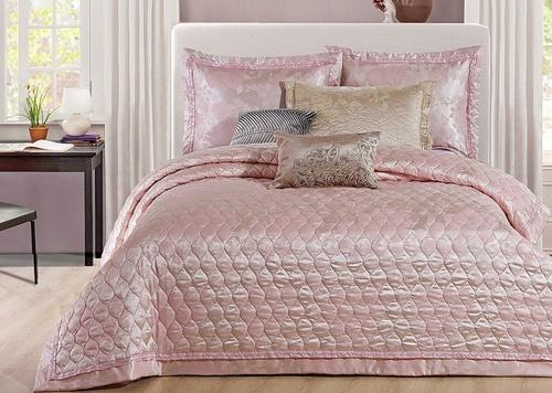 Покрывало с наволочками Jacquard бледно-розовый