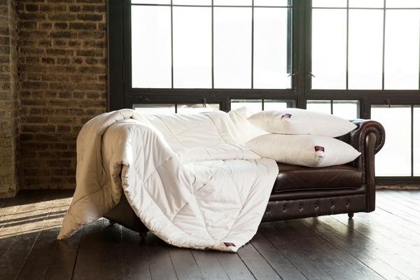 Всесезонное стеганое одеяло 200×220 см Cashmere Grass
