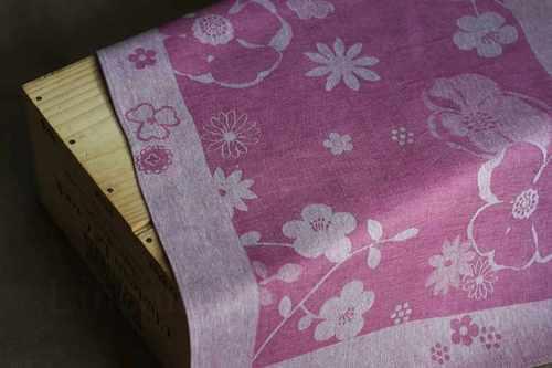 Кухонное полотенце с цветами фиолетового цвета 50х70 см
