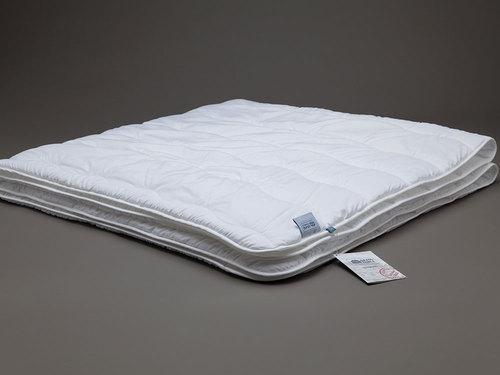 Всесезонное стеганое одеяло 140х205 60C Familie StopAllergy