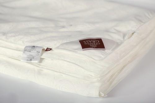 Легкое одеяло 220×240 см Luxury Silk Grass