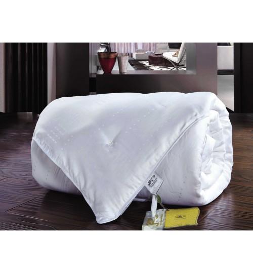 Всесезонное белое шелковое одеяло SL 140х205 см