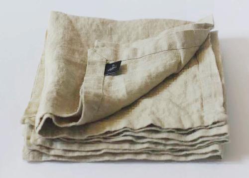 Льняная салфетка бежевая 40х40 см