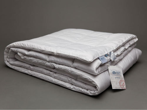Одеяло стеганое всесезонное 200х220 Camel Familie Wool