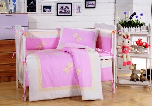 Комплект в детскую кроватку Valtery DK-23