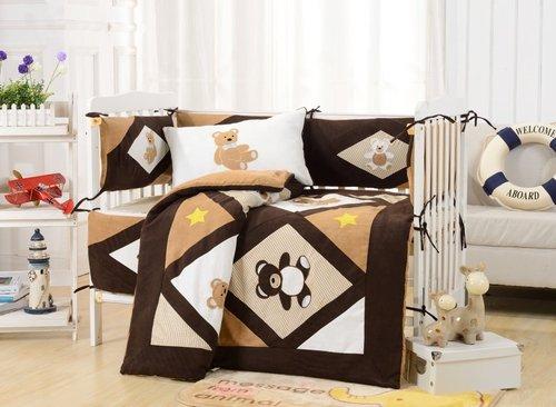 Комплект в детскую кроватку Valtery DK-24