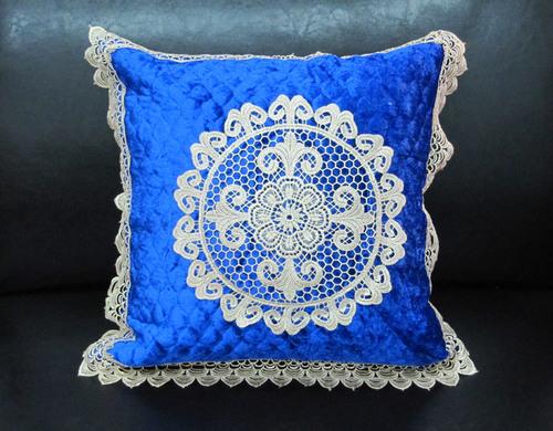 Декоративная наволочка с вышивкой Tango 7025-05