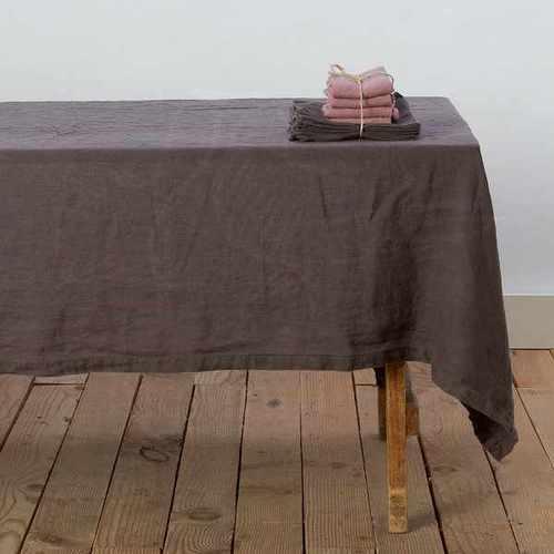 Большая коричневая скатерть Soft Linen 180х300 см