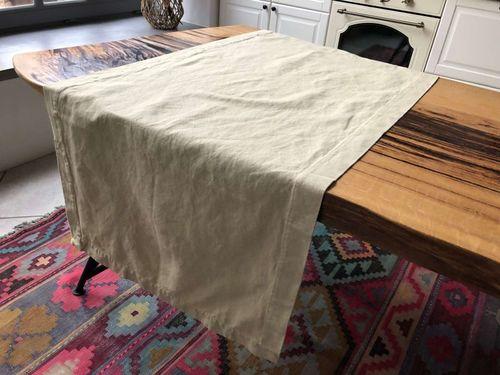 Дорожка из плотной полульняной ткани бежевого цвета
