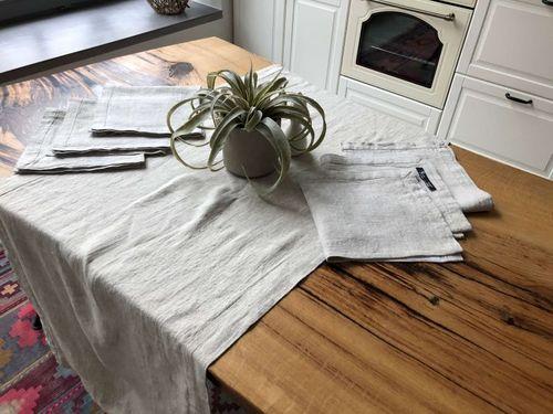 Дорожка с шестью салфетками натурального цвета льна