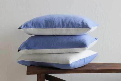Двухцветная наволочка бело-голубая 50х70 см