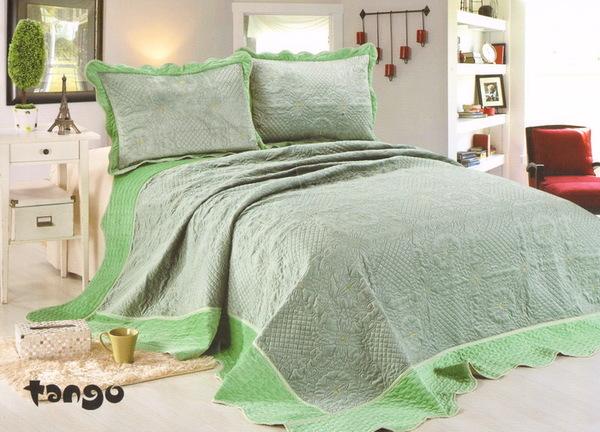 Покрывало с наволочками Velour светло-зеленый
