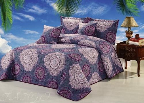 Покрывало с наволочками Madeira фиолетовый с узорами