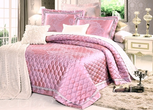 Покрывало с наволочками Jacquard розовый