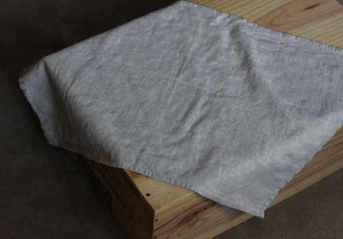 Льняное полотенце кухонное светло-серое Soft 50х70 см